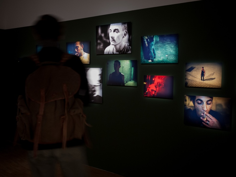 Exposition de Gilles Picarel, Le refuge aux 13ème Boutographies à Montpellier, travail réalisé au sein de l'association Le Refuge National